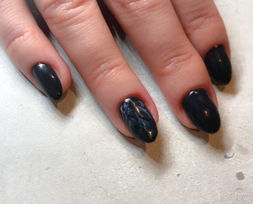 Acryl icm nail art